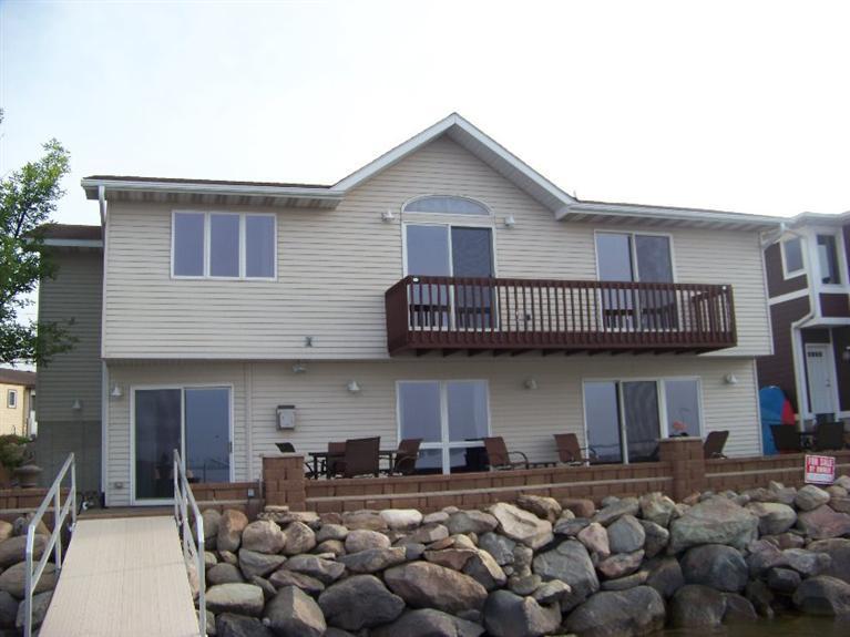 Real Estate for Sale, ListingId: 33685968, Clear Lake,IA50428