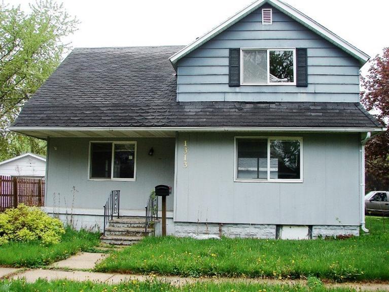 Real Estate for Sale, ListingId: 35649943, Charles City,IA50616