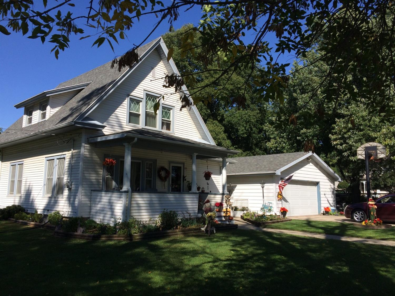 Photo of 403 3rd Street North  Rockwell  IA