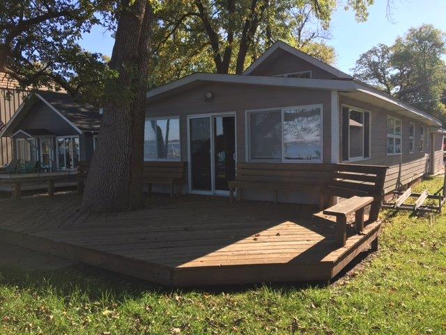 1407 S Lakeview Dr, Clear Lake, IA 50428