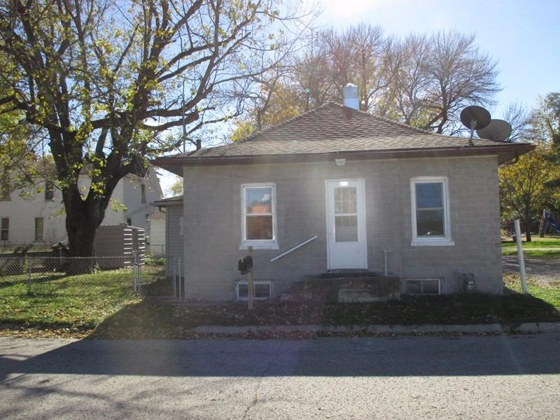 Photo of 813 5th Street Southwest  Mason City  IA
