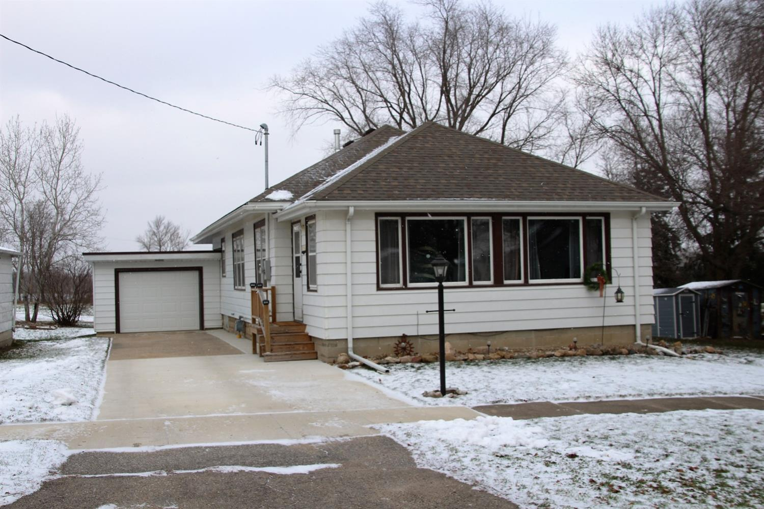 Photo of 318 East North Street  Manly  IA
