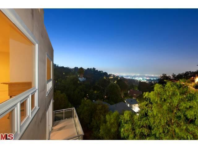 Rental Homes for Rent, ListingId:22060930, location: 7275 CAVERNA Drive Los Angeles 90068