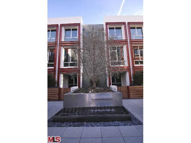 Rental Homes for Rent, ListingId:22183905, location: 552 ELK Avenue Glendale 91204