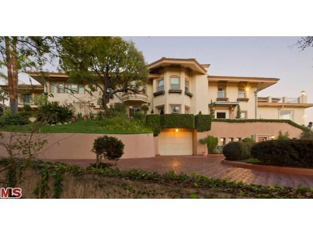 Single Family Home for Sale, ListingId:22304961, location: 4533 COCKERHAM Drive Los Angeles 90027