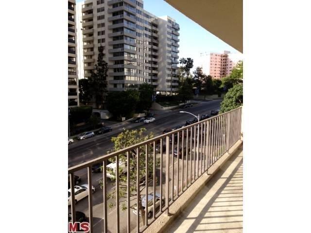 Rental Homes for Rent, ListingId:22366242, location: 10450 WILSHIRE Los Angeles 90024