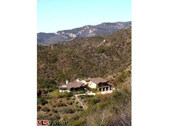 Single Family Home for Sale, ListingId:22386613, location: 26078 MULHOLLAND Highway Calabasas 91302