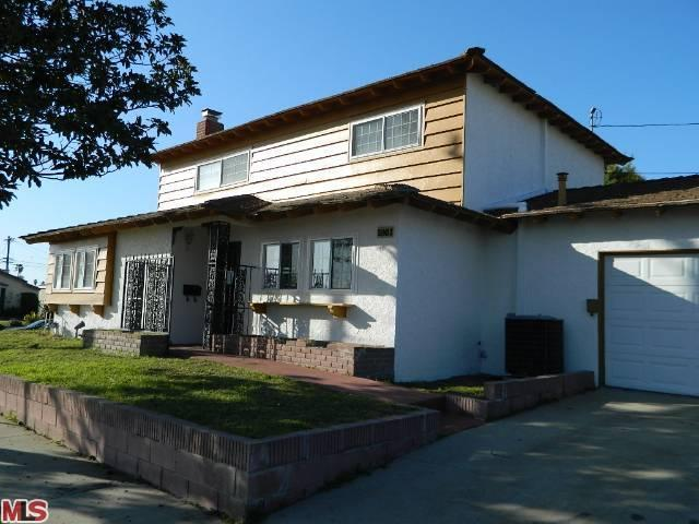 1861 104TH Street, Los Angeles (City), CA 90047