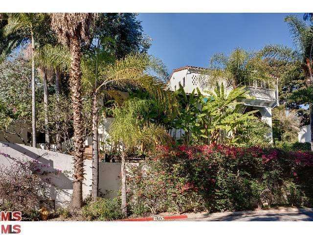 Rental Homes for Rent, ListingId:24801257, location: 7825 HILLSIDE Avenue Los Angeles 90046