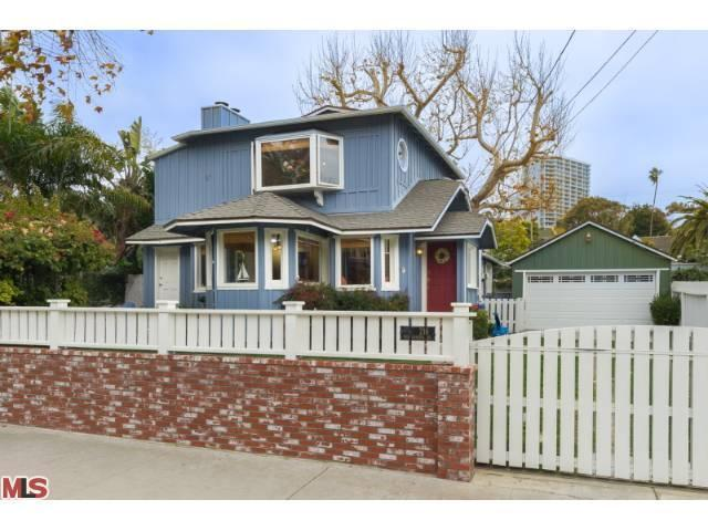 216 W Channel Rd, Santa Monica, CA 90402