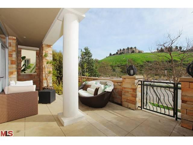 Rental Homes for Rent, ListingId:22747907, location: 13071 BLUFF CREEK Drive Playa_vista 90094