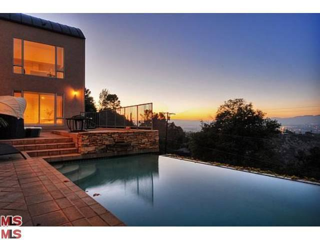 14455 Mulholland Dr, Los Angeles, CA 90077