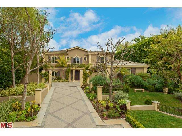 3364 Stone Ridge Ln, Los Angeles, CA 90077