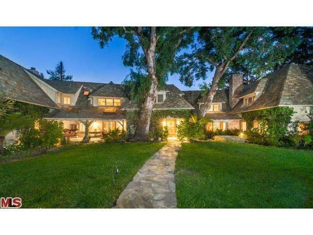 Single Family Home for Sale, ListingId:22835108, location: 212 VANCE Street Pacific Palisades 90272