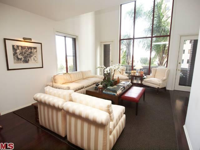 Rental Homes for Rent, ListingId:22872187, location: 10550 WILSHIRE Los Angeles 90024