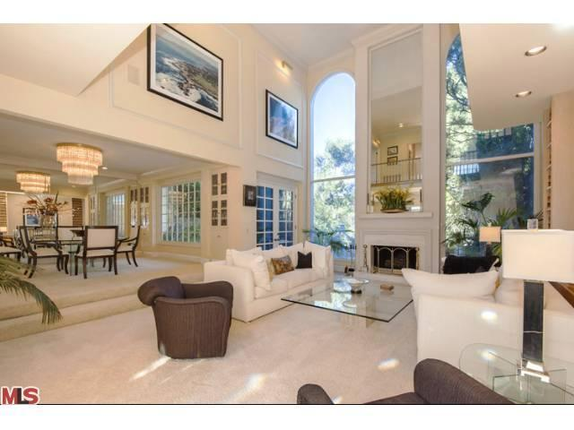 Rental Homes for Rent, ListingId:22906702, location: 12377 RIDGE Circle Los Angeles 90049