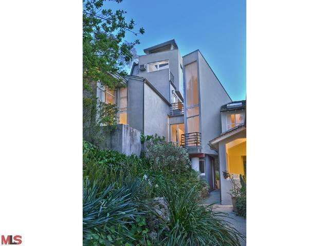 Rental Homes for Rent, ListingId:25653884, location: 8047 WOODROW WILSON Drive Los Angeles 90046