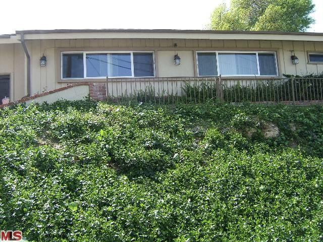 Rental Homes for Rent, ListingId:22986933, location: 3413 ALGINET Drive Encino 91436