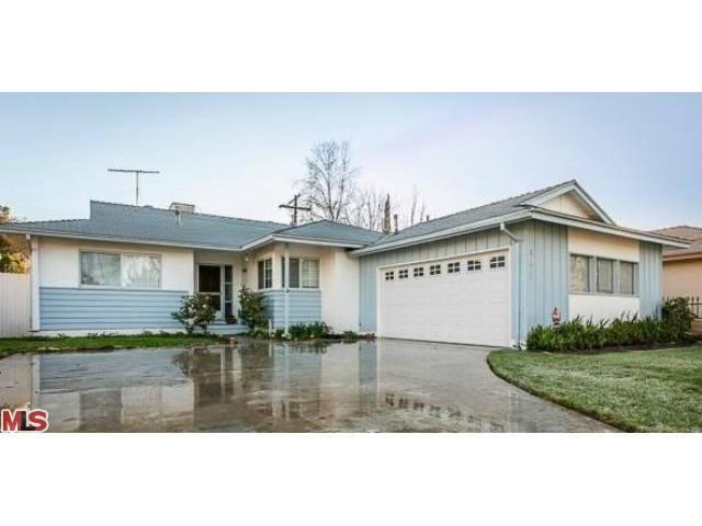 Rental Homes for Rent, ListingId:23021018, location: 21810 STRATHERN Street Canoga Park 91304