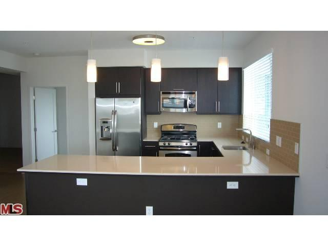 Rental Homes for Rent, ListingId:23055240, location: 13488 MAXELLA Marina del Rey 90292