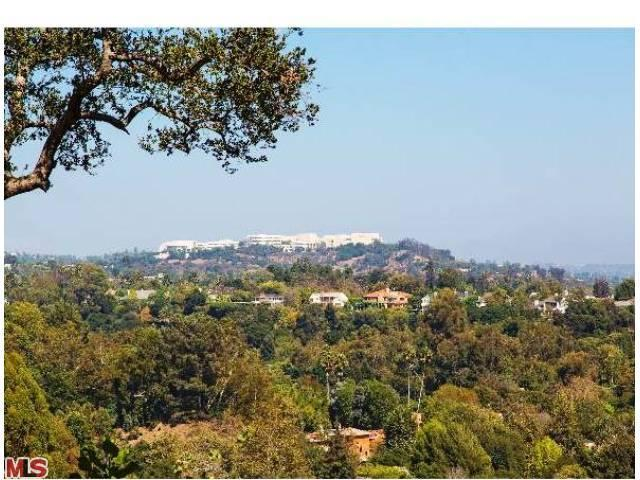 Land for Sale, ListingId:23081032, location: SAN REMO Drive Pacific Palisades 90272