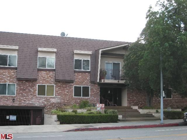 Rental Homes for Rent, ListingId:23145736, location: 5252 COLDWATER CANYON Avenue van Nuys 91401