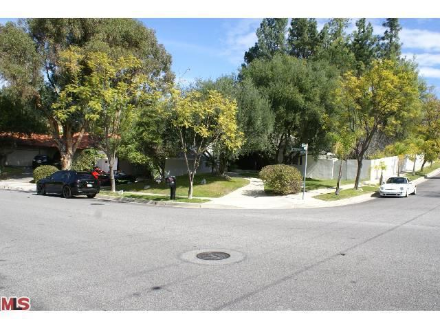 Rental Homes for Rent, ListingId:23157038, location: 3904 DAGUERRE Avenue Calabasas 91302