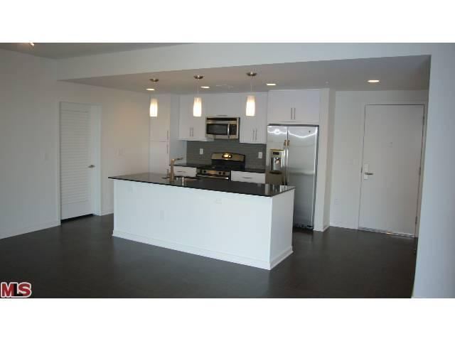 Rental Homes for Rent, ListingId:23225725, location: 13488 MAXELLA Marina del Rey 90292