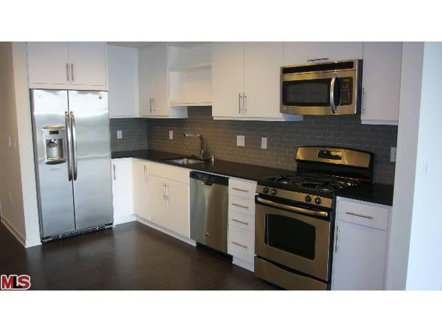 Rental Homes for Rent, ListingId:23225726, location: 13488 MAXELLA Marina del Rey 90292