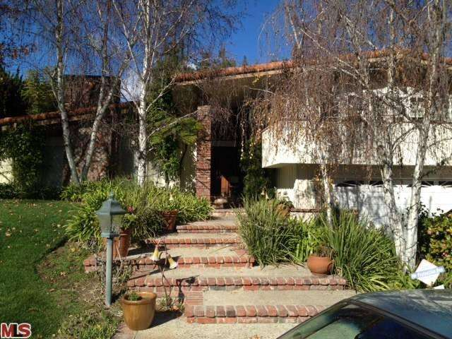 Rental Homes for Rent, ListingId:23251183, location: 19561 ANADALE Drive Tarzana 91356