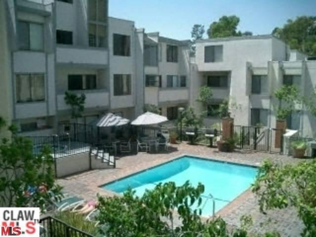 Rental Homes for Rent, ListingId:23290032, location: 1940 HIGHLAND Avenue Los Angeles 90068
