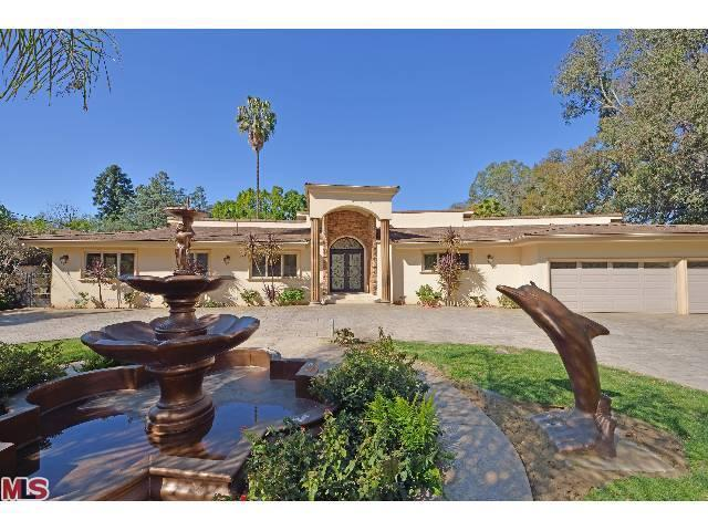 Rental Homes for Rent, ListingId:23290015, location: 4865 LOUISE Avenue Encino 91316