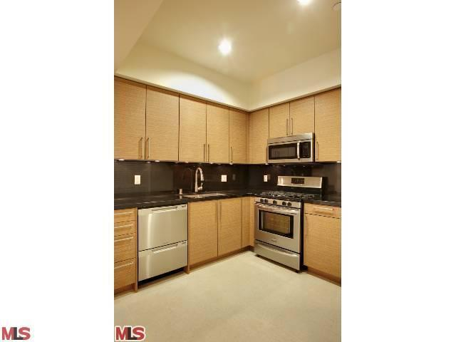 Rental Homes for Rent, ListingId:23342348, location: 1751 APPIAN Way Santa Monica 90401