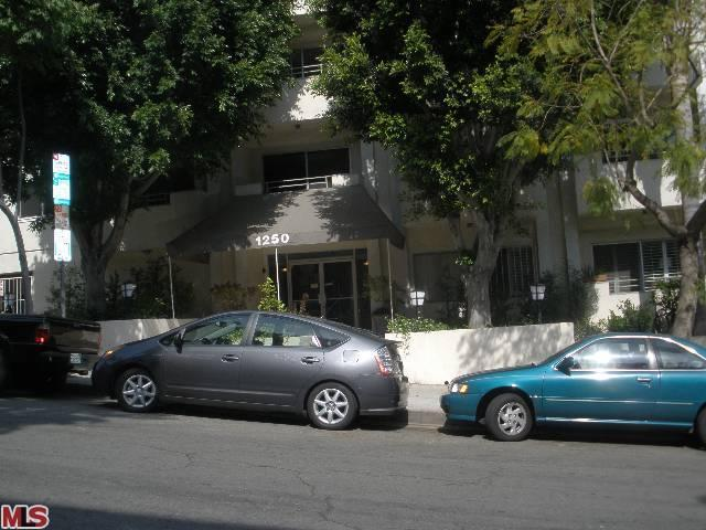 1250 Kings Rd # 306, West Hollywood, CA 90069