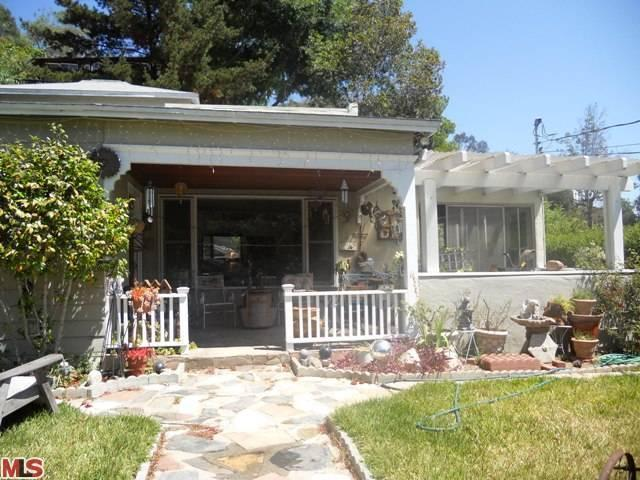 8415 Ridpath Dr, Los Angeles, CA 90046