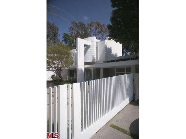 Single Family Home for Sale, ListingId:23470850, location: 770 BONHILL Road Los Angeles 90049