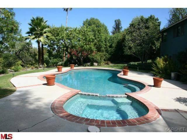 Rental Homes for Rent, ListingId:23470841, location: 18067 KAREN Drive Encino 91316