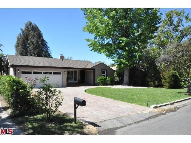 Rental Homes for Rent, ListingId:23489670, location: 15154 WEDDINGTON Street Sherman Oaks 91411