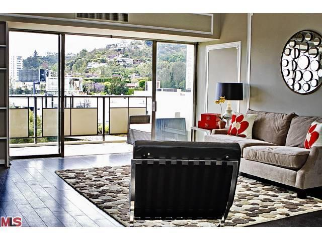 1155 La Cienega # 1203, West Hollywood, CA 90069
