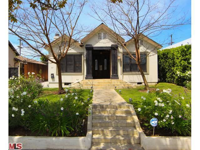 327 N Beachwood Dr, Los Angeles, CA 90004