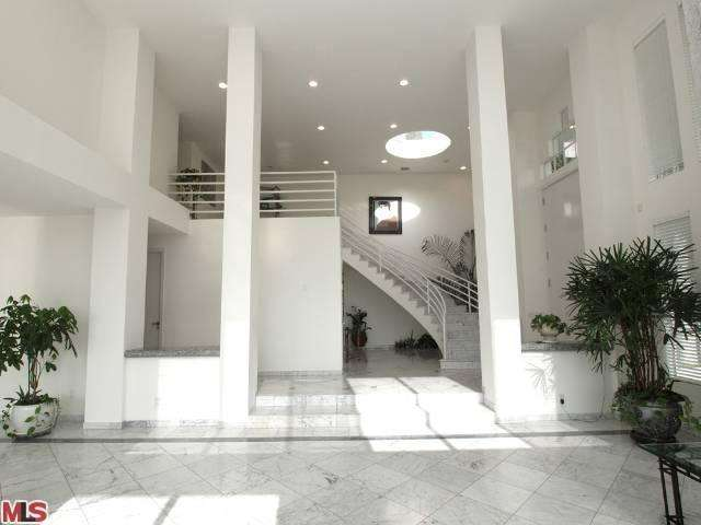 Property for Rent, ListingId: 23549359, West Hollywood, CA  90069