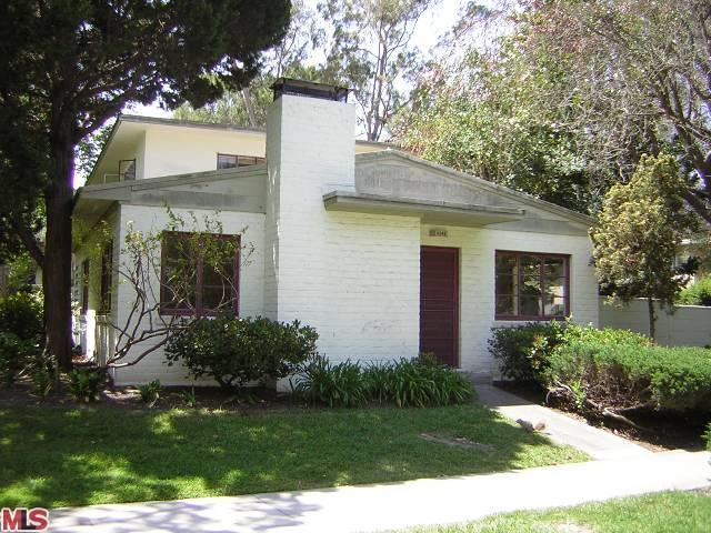 5343 Village Grn, Los Angeles, CA 90016