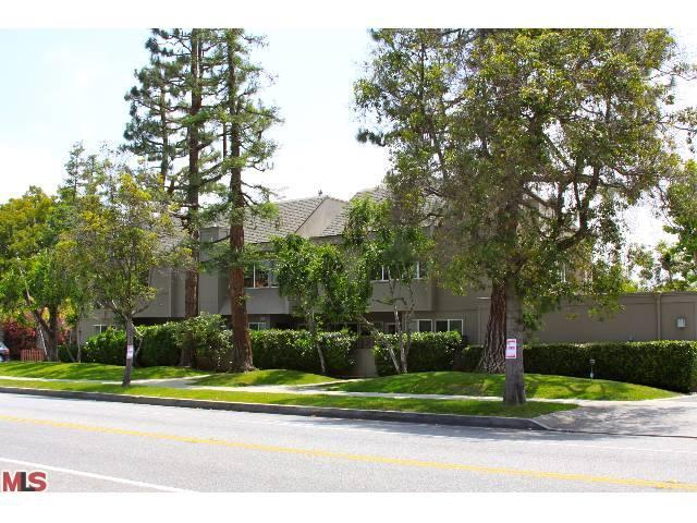 Rental Homes for Rent, ListingId:23761081, location: 2520 ARIZONA Avenue Santa Monica 90404