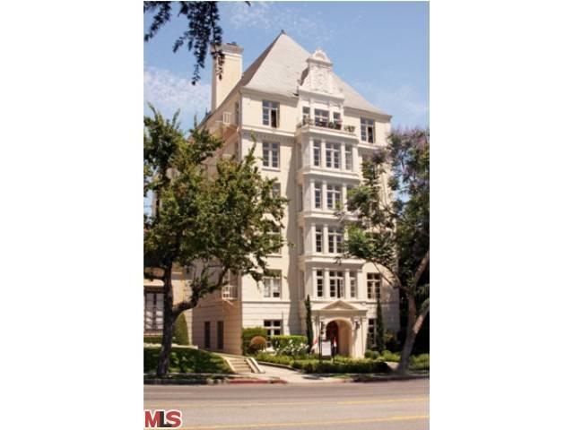 Rental Homes for Rent, ListingId:23790748, location: 1360 CRESCENT HEIGHTS Boulevard West Hollywood 90046