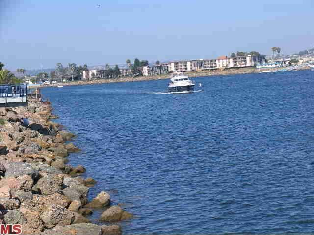 Rental Homes for Rent, ListingId:23808302, location: 126 WESTWIND Marina del Rey 90292