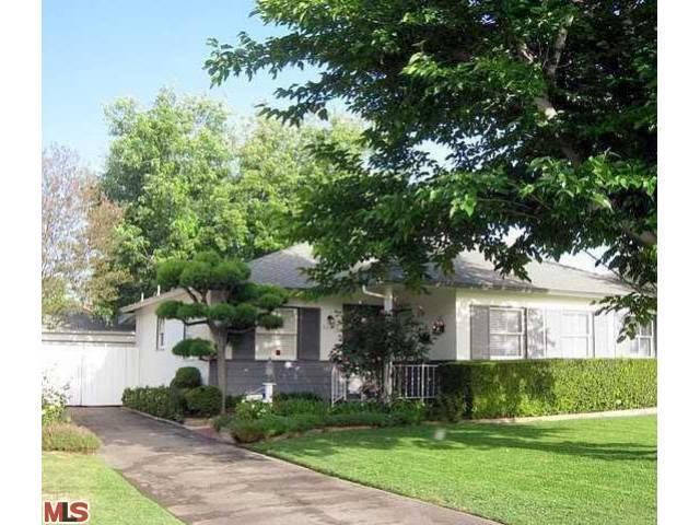 Rental Homes for Rent, ListingId:23827382, location: 5031 MAMMOTH Avenue Sherman Oaks 91423