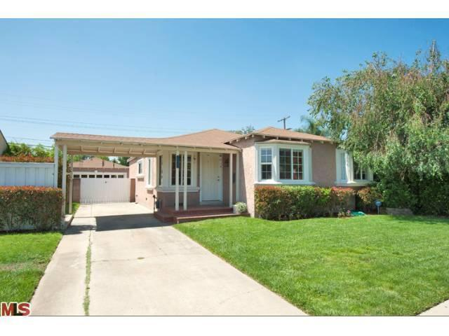 12560 Gilmore St, North Hollywood, CA 91606