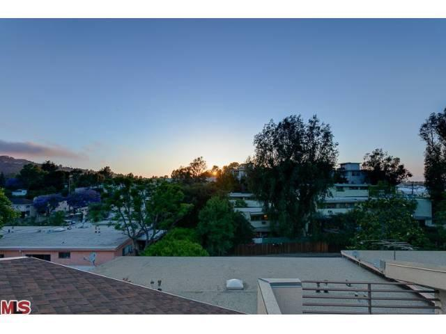 11815 Laurelwood Dr # 10, Studio City, CA 91604