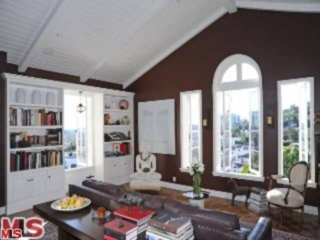 Rental Homes for Rent, ListingId:23982351, location: 1416 HAVENHURST Drive West Hollywood 90046