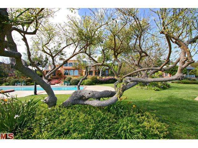 Rental Homes for Rent, ListingId:24722644, location: 27036 SEA VISTA Drive Malibu 90265
